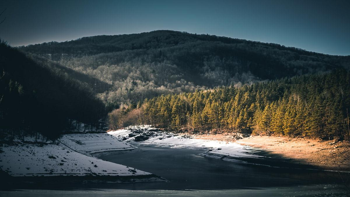 Văliug in winter