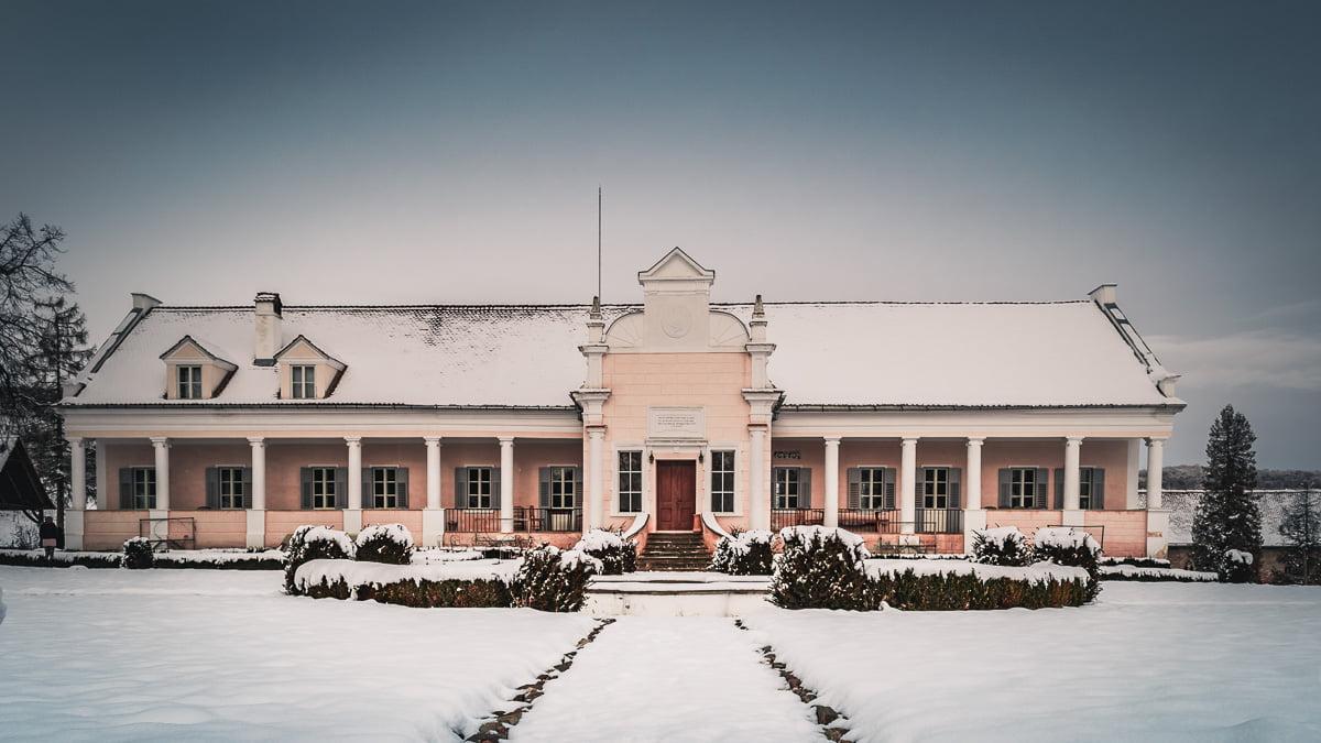 The Apafi manor.