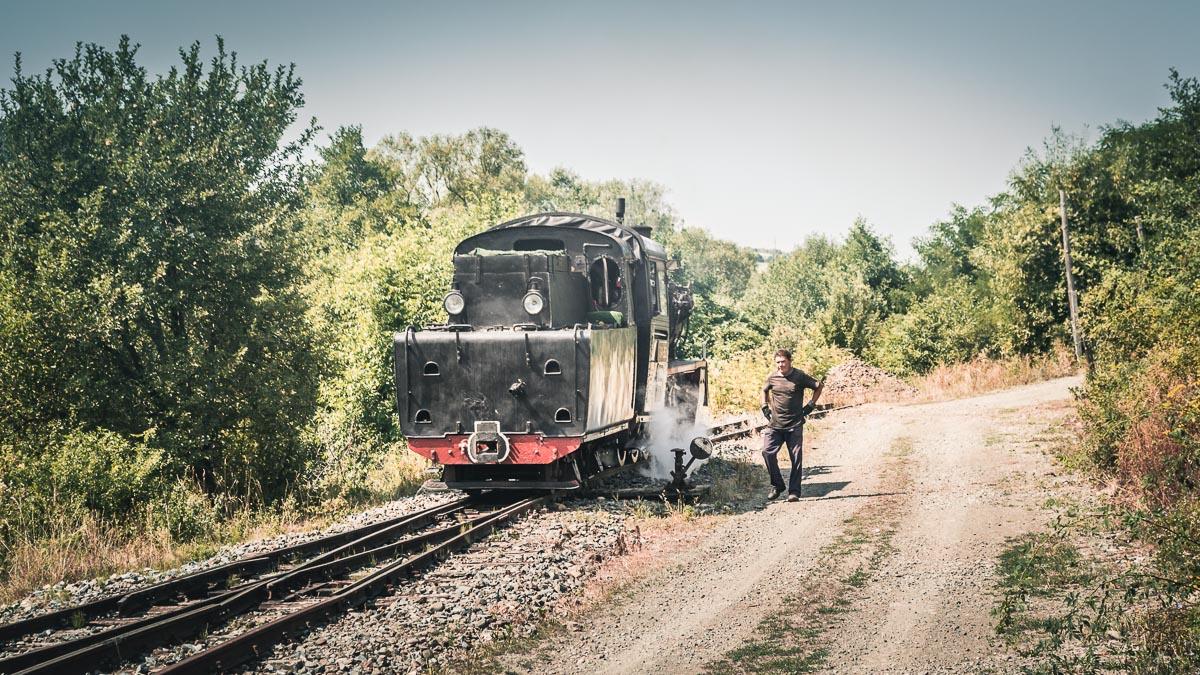 Changing tracks at Câmpu Cetății.