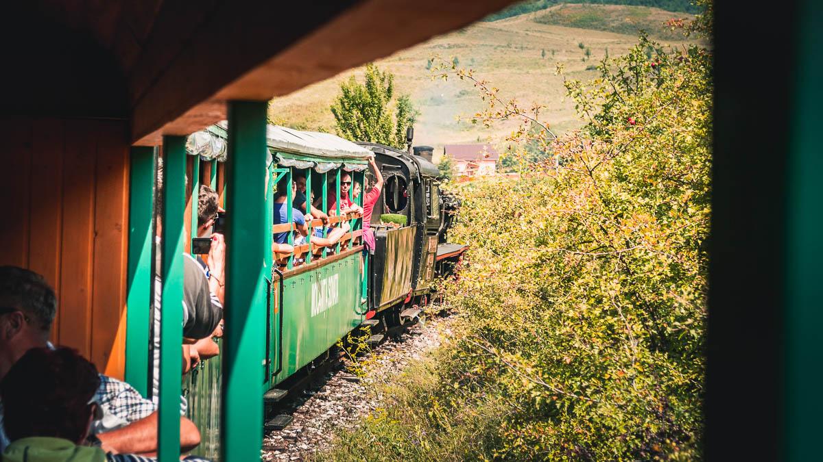 The Mocănița Sovata with tourists.
