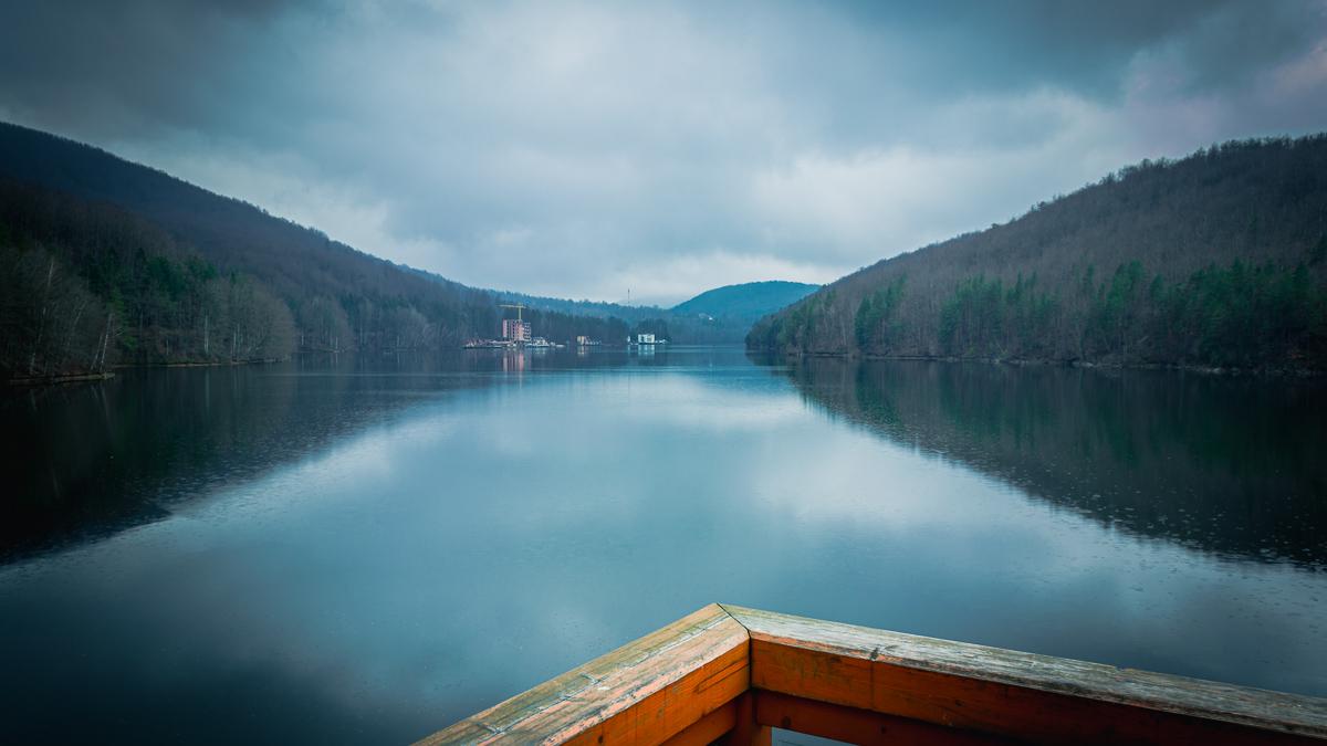 Lake Gozna on a rainy day.