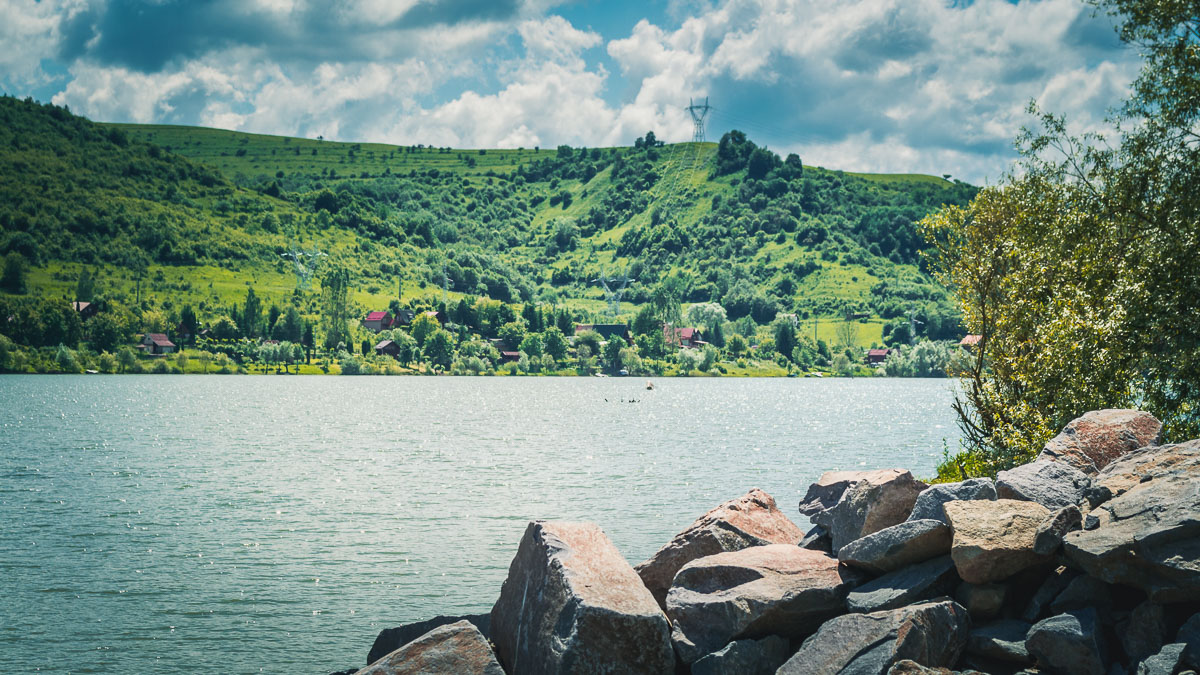 Lake Bezid in the summer.